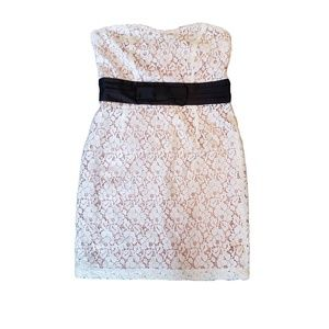 FOREVER 21 Lace Strapless Dress  L
